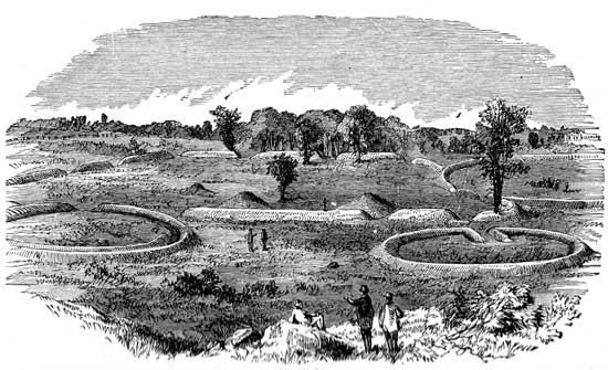 Mound Builders - Earthworks at Hopeton, Ohio