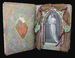 Praying Woman Reliquary ~ David's Leaf